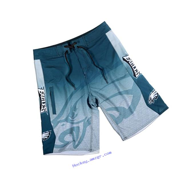 Philadelphia Eagles Gradient Board Short Medium 32